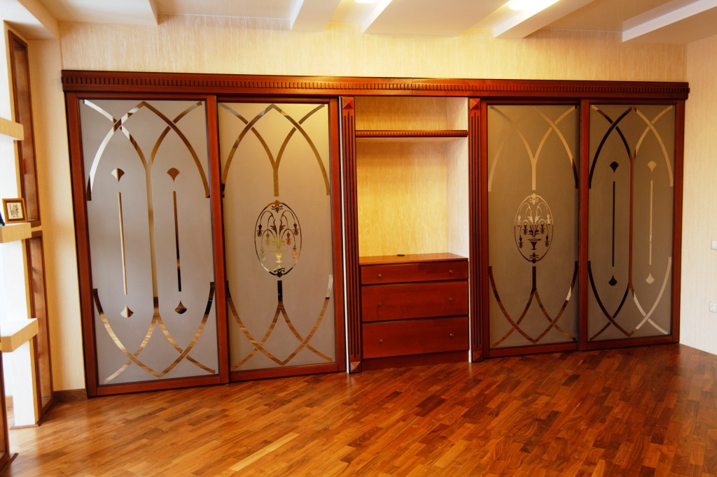 Шкафы , прихожие галатея мебель.
